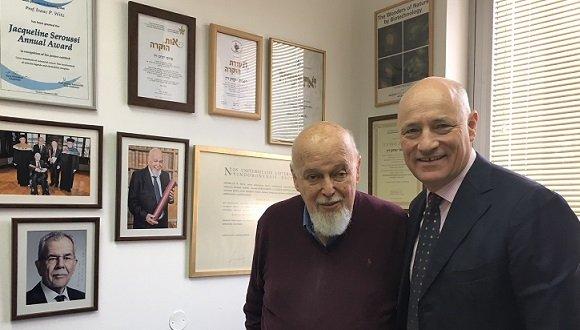 מר מרטין וייס, שגריר אוסטריה בישראל ופרופ' יצחק ויץ