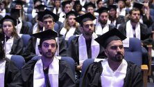 מאות סטודנטים וסטודנטיות חגגו את סיום לימודיהם לתואר ראשון ולתואר שני בפקולטה למדעי החיים בטקס הענקת התארים השנתי
